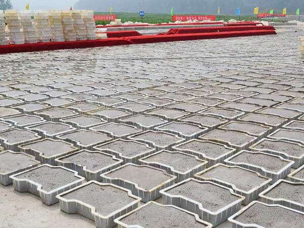 How To Use Plastic Concrete Mold?